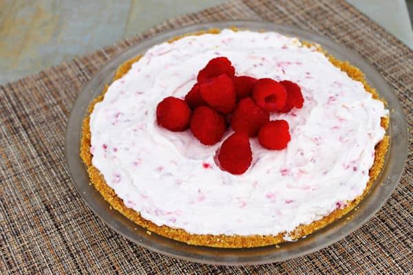 Frozen Raspberry Cheesecake Pie