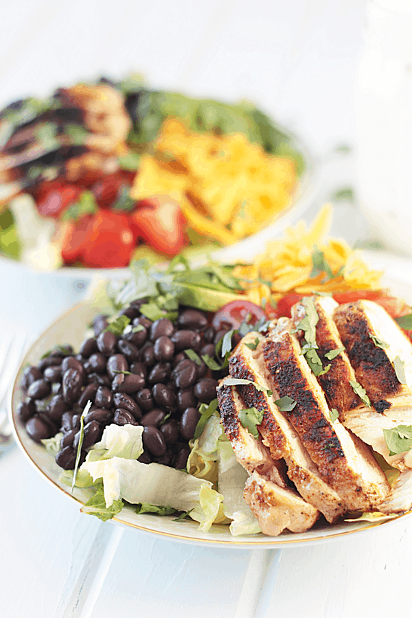 Chicken Taco Salad with Creamy Ranch