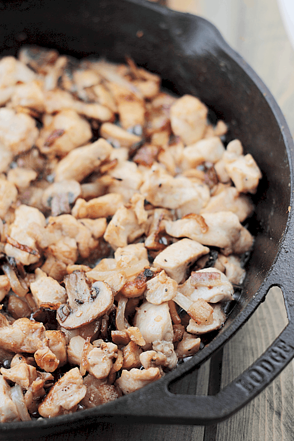 This Chicken and Swiss Skillet is a 30 minute meal made in one skillet! | Countryside Cravings