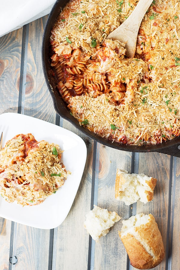 This Chicken Parmesan Pasta Skillet is an easy one pot meal that has all the flavors of chicken Parmesan, just minus the extra work! | Countryside Cravings