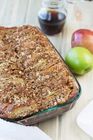 This Overnight Apple French Toast Bake is full of wonderful fall flavors and is easy to make! | Countryside Cravings