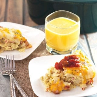 Slow Cooker Sausage and Potato Breakfast Casserole