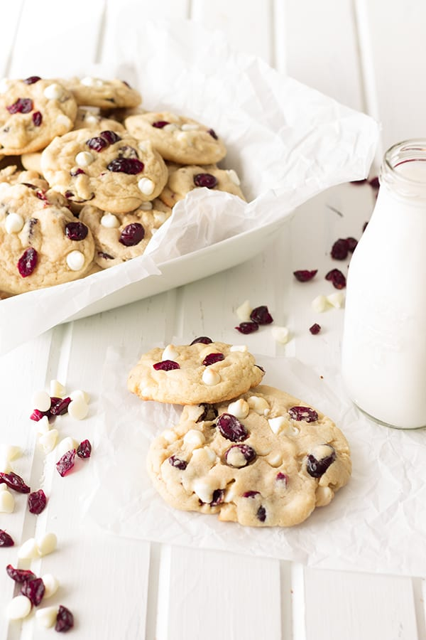 White Chocolate Chip Cranberry Cookies- move over regular chocolate chip there's a new cookie in town! These are loaded with white chocolate chips that pair nicely with the sweet/tart cranberries! | countrysidecravings.com
