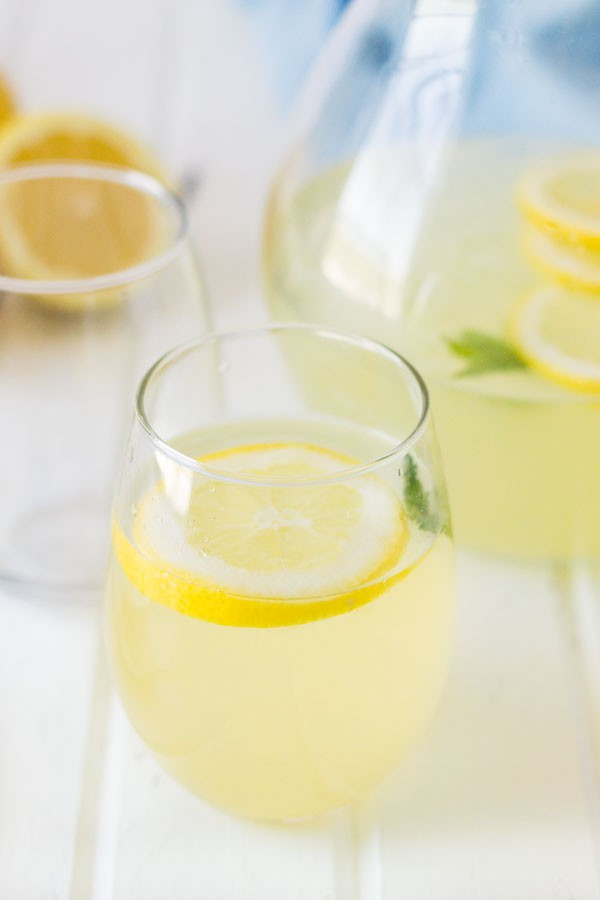Classic Lemonade - a quick and easy recipe for lemonade that has a perfect balance of sweet and tart.