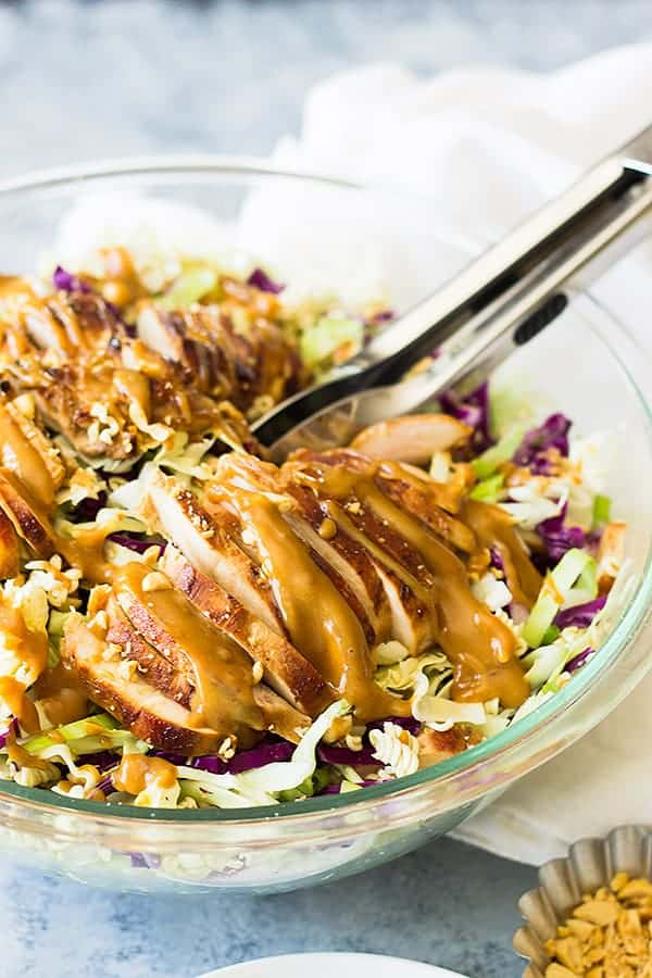 Asian Chicken Salad is a quick and easy lunch or dinner that's full of flavor!! Juicy chicken, peanuts, ramen noodles, cabbage and Asian dressing! | www.countrysidecravings.com