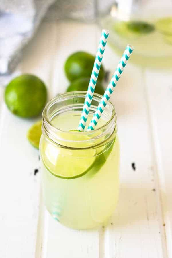 This Classic Limeade recipe is simple and so refreshing and is a perfect base for countless drinks!   www.countrysidecravings.com