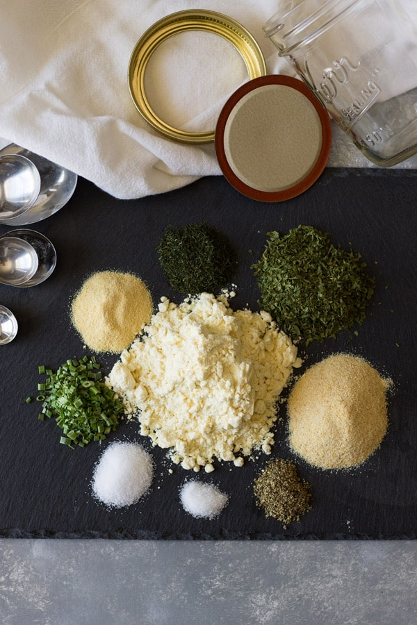 DIY Homemade Ranch Seasoning recipe for a quick and easy alternative to those store bought packets! | www.countrysidecravings.com