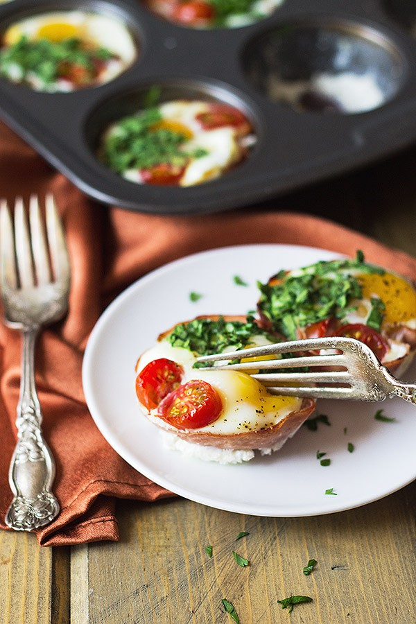 Ham-and-Egg-Breakfast-Cups-2