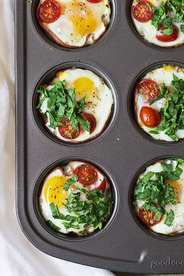 Ham-and-Egg-Breakfast-Cups