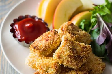 These Baked Homemade Chicken Nuggets are way better than the store bought and you can pronounce everything on these golden nuggets!   www.countrysidecravings.com