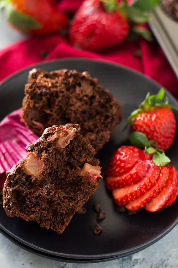 These Double Chocolate Strawberry Muffins are moist, tender, filled with strawberry chunks and oh so chocolatey! | www.countrysidecravings.com
