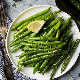 Skillet Garlic Green Beans