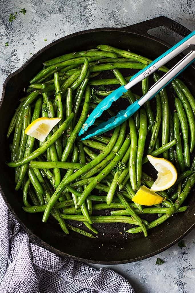 These Skillet Garlic Green Beans are an easy healthy side dish! They are super easy to make and go great with many dishes!!