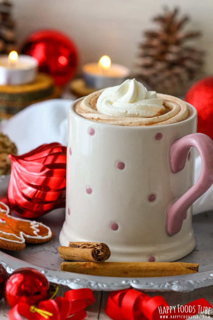 Homemade gingerbread hot chocolate is the perfect Christmas drink! This gingerbread spice infused hot chocolate warms you up & gets you into the festive mood!
