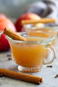 This Homemade Apple Cider is easy to make and perfect for fall and for parties! Slow cooker, Instant Pot, and stove top instructions included. #apples #applecider #beverage #easyrecipe
