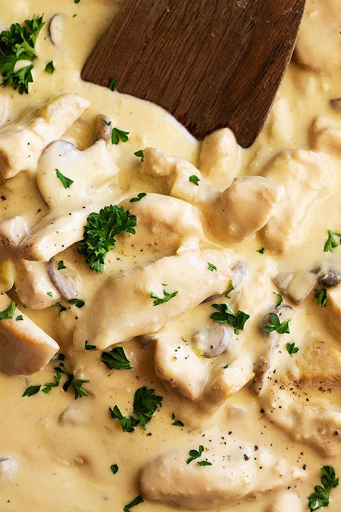 This Easy Chicken Stroganoff is made with no canned soups! It's quick, easy, and great for any weeknight meal! #chickenstroganoff #chickenrecipe